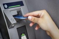 बंद हो सकते हैं देशभर के 1.13 लाख ATM, जानिए इसके पीछे की बड़ी वजह