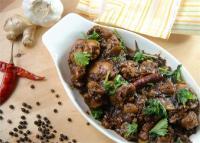 डिनर में बनाएं काली मिर्च चिकन रेसिपी