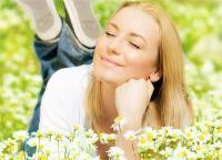 Healthy Lifestyle: मन को शांत और प्रसन्न रखने के 8 बेस्ट योगासन