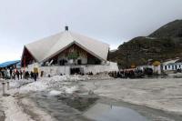 भारी बर्फबारी के कारण अब 25 मई की जगह 1 जून से शुरू होगी श्री हेमकुंड साहिब की यात्रा