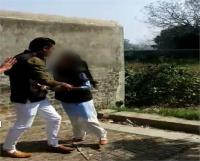 छात्रा से छेड़छाड़ का वीडियो वायरल होने के मामले में युवक गिरफ्तार, अन्य आरोपियों की तलाश जारी