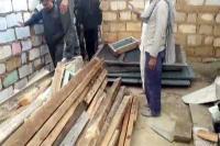 वाल्मीकि बस्ती में अवैध निर्माण पर संयुक्त टीम की दबिश, लाखों की चोरीशुदा सामग्री जब्त