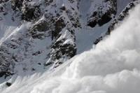 कुपवाड़ा में एलओसी के पास भीषण हिमस्खलन, सेना का जवान शहीद