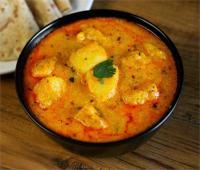 नवरात्रि में अलग तरीके से बनाकर खाएं आलू की कढ़ी