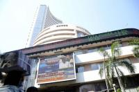 बड़ी गिरावट के साथ बंद हुआ शेयर बाजार, सेंसेक्स 354 अंक टूटा
