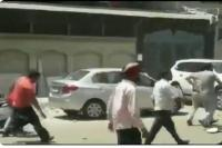 दिल्लीः मायापुरी में सीलिंग के लिए गई टीम पर पथराव, कई घायल