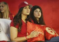पंजाब की स्पोर्ट में उतरी बॉलीवुड अभिनेत्री हुमा कुरैशी, देखें फोटोज