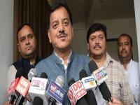 'राम स्वरूप के कारण CM के पैरों में आई मोच'