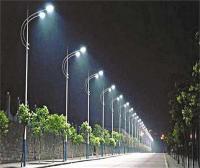 पैसे लिए बिना स्ट्रीट लाइटें नहीं जलाएगी एल.ई.डी. कम्पनी