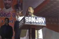 BJP नेता का विवादित बयान, बोले- शेविंग कराकर सारे मुस्लिम हिंदू धर्म में शामिल हो जाएं