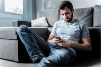 स्मार्टफोन का डाटा शेयर कर रहीं मैंटल हैल्थ एप्स
