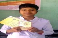 कैंसर पीड़ित 8वीं की छात्रा के हौसले बुलंद, बीमारी के बावजूद परीक्षा में लिए अच्छे अंक