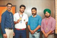इन्नोसैंट हार्ट्स के छात्र समर्थ ने कराटे चैम्पियनशिप में जीता स्वर्ण पदक
