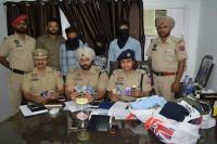 लोगों को जाल में फांस कर धोखे से ATM से रुपए निकालने वाले गैंग के 3 सदस्य गिरफ्तार