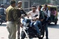 यातायात नियमों का उल्लंघन करने वालों के खिलाफ उत्तराखंड में चलाया गया अभियान