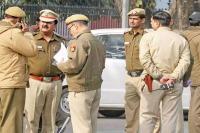 दिल्ली पुलिस का दावा: आप ने किया आचार संहिता का उल्लंघन