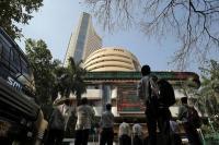 गिरावट केे साथ बंद हुआ शेयर बाजार, सेंसेक्स 372 अंक टूटा