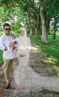 डिलीवरी दौरान मरी मां ने5 माह बाद बच्चे संग कराया फोटोशूट, चौंका देगा सच (Photos viral)
