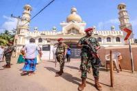 श्रीलंका में झड़पों के बाद उत्तर पश्चिमी शहरों में कर्फ्यू लागू