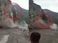 किन्नौर के NH-5 पर फिर भारी भूस्खलन, चट्टानें गिरने से दोनों तरफ फंसे लोग