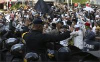 इंडोनेशिया में चुनाव के बाद भड़की हिंसा, हजारों प्रदर्शनकारी गिरफ्तार