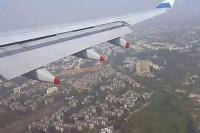 दिल्लीः खराब मौसम के चलते 10 विमानों के रूट डायवर्ट