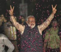 मोदी 30 मई को लेंगे PM पद की शपथ, आडवाणी से घर जाकर लिया आशीर्वाद