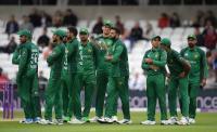 PCB का पाक खिलाड़ियों को आदेश, भारत से मैच के बाद ही पत्नियों को साथ रखें खिलाड़ी