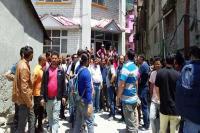 टैक्सी चालकों ने SDM Manali के खिलाफ की नारेबाजी, जानिए क्या है वजह