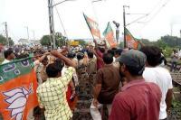 बंगाल में हिंसक झड़प, 3 भाजपा कार्यकर्त्ताओं समेत 4 की मौत