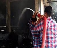 बेकरी में लगी भीषण आग,लाखों का नुकसान