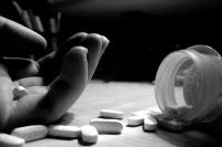 पति ने दी छोड़ने की धमकी, पत्नी ने निगली कीटनाशक दवाई, मौत
