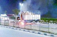 जी.टी. रोड पर 3 वाहन भिड़े, 1 की मौत, 9 घायल
