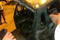 गैस लीक होने से कार में लगी आग, मकान का अगला हिस्सा भी जला