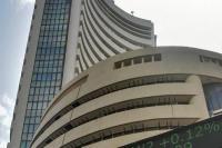 बड़ी गिरावट के साथ बंद हुआ शेयर बाजार, सेंसेक्स 491 अंक लुढ़का