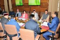 Cabinet Meeting : विदेश से लौटने के बाद CM जयराम ने खुलकर बांटे पैसे
