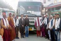SDM केलांग ने दी हरी झंडी, 9 महीने बाद दिल्ली-लेह रूट पर दौड़ी HRTC की बस