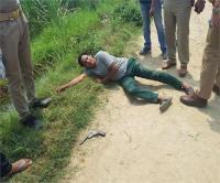 मेरठः पुलिस और बदमाश के बीच मुठभेड़, बाल-बाल बचे थानाध्यक्ष