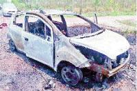 आग लगने से जली कार, बाल-बाल बचे
