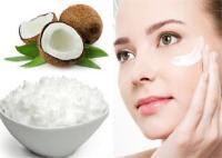 Beauty Tips: चेहरे को बेदाग बनाकर रखेगा नारियल पानी