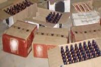 पुलिस को मिली बड़ी सफलता, 100 पेटी शराब बरामद