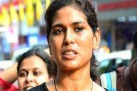 सबरीमाला मामला: धार्मिक भावनाएं भड़काने के आरोप में रेहाना फातिमा गिरफ्तार