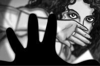टेवा देखने के बहाने पुजारी ने किया महिला से दुष्कर्म