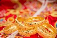 सर्राफा समीक्षाः सोना 540 रुपए चमका, चांदी 1,425 रुपए उछली