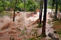 इंडोनेशिया में भूस्खलन में 15 लोगों की मौत, 20 लोग लापता