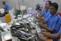 नए साल में लगा साईं के दरबार में नोटों का अंबार, 11 दिनों में 14.54 करोड़ मिला दान