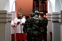 चीन: मुस्लिमों के बाद ईसाइयों पर भी शिकंजा, बंद की चेंगदू चर्च