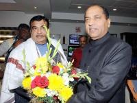 दिल्ली में नितिन गडकरी से मिले CM जयराम, जानिए हिमाचल के किन मुद्दों पर की चर्चा
