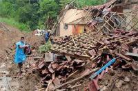इंडोनेशिया में भूस्खलन, मरने वालों की संख्या हुई 18