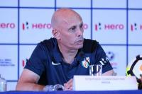 कांस्टेनटाइन ने टीम को थाईलैंड को हल्के में नहीं लेने की चेतावनी दी